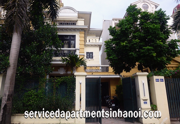 A Nice Villa for rent in Block T, Ciputra within walking distance to Hanoi Academy