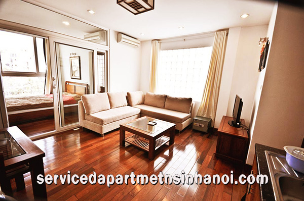Beautiful serviced apartment for rent in Truc Bach, panorama lakeview, wooden floor