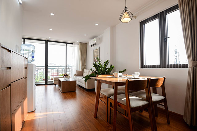 *Beautiful & Spacious Serviced Apartment For Rent in Linh Lang street, Ba Dinh District*