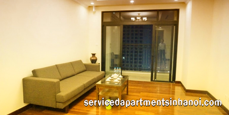 Beautiful Two bedroom Apartment for rent in Vinhomes Royal CIty