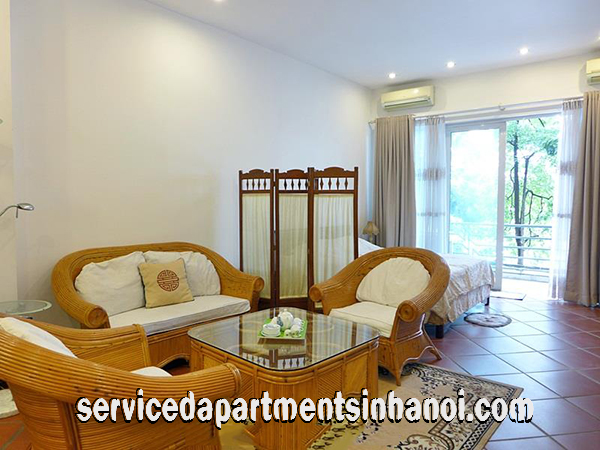 Big one bedroom studio apartment leasing face to Truc Bach lake, Ba Dinh