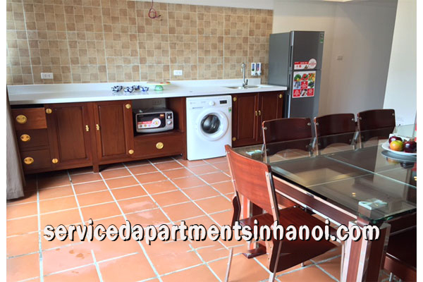 Brand new 2 bedroom apartment in Nghi Tam str, Tay ho
