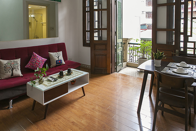 Bright Rental one bedroom apartment in Truc Bach area, Ba Dinh