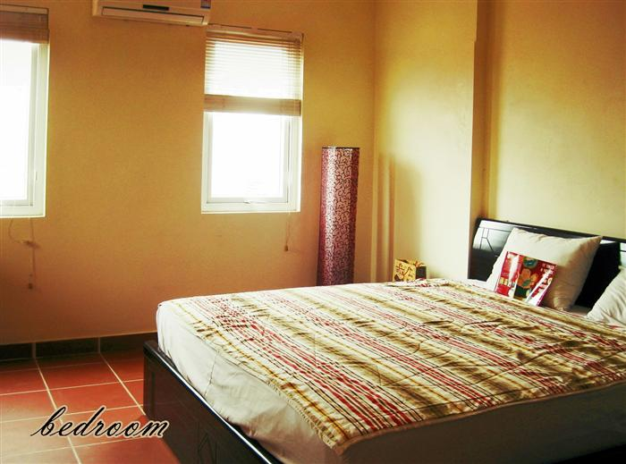 Charming Studio  for rent in Doi Can str , Ba Dinh