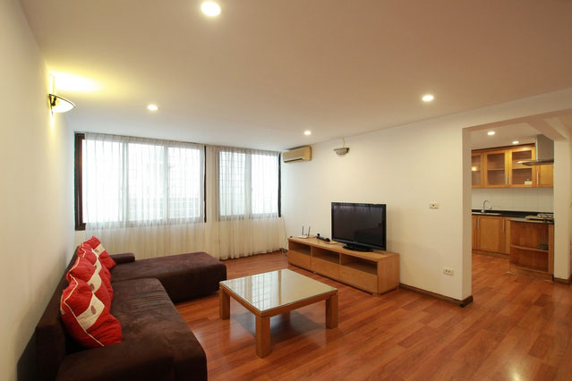 *Comfort, Bright & Spacious 2 bedroom Apartment for rent in Dong Da District*
