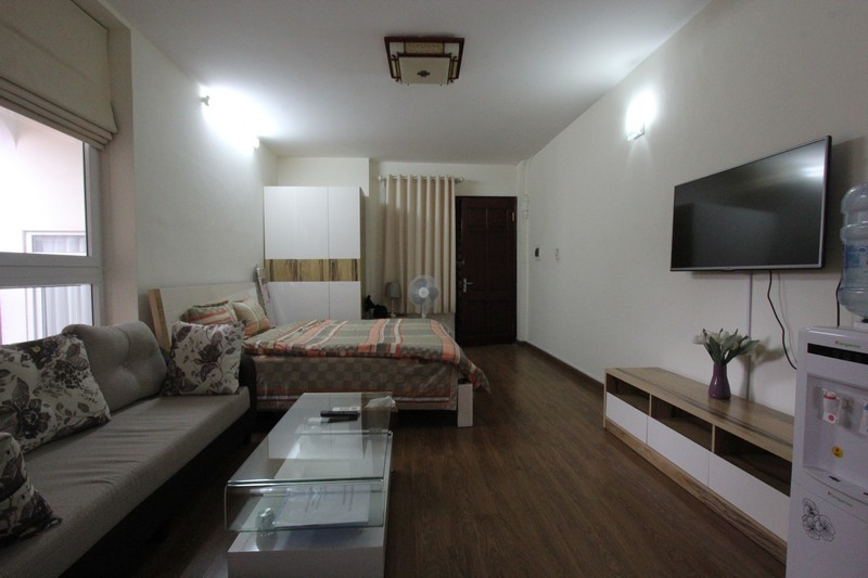 *Convenient Apartment for rent in Xuan Dieu street, Tay Ho District*