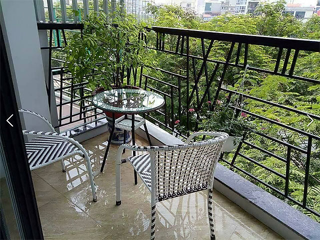 Lakeview Studio Apartment Rental in Truc Bach Area, Ba Dinh, Lovely Balcony