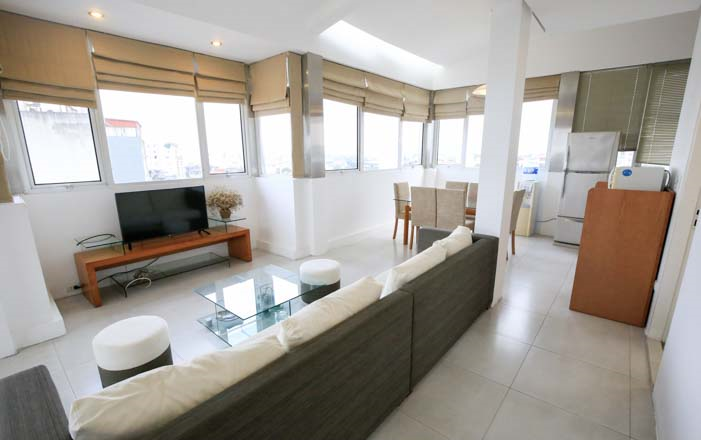 LARGE WINDOW AND PANORAMIC CITYVIEW Serviced Apartment For Rent in TRUC BACH AREA