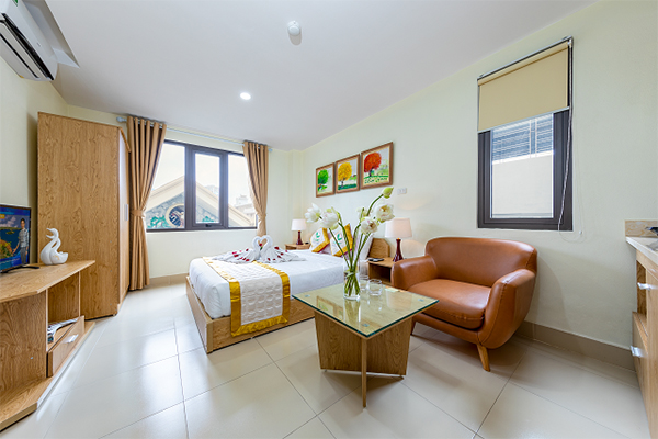 Lightful and Cozy Apartment Rental in Trung Kinh street, Cau Giay