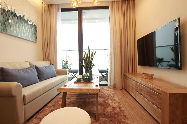 Luxury Eco-friendly One Bedroom Apartment Rental in Vinhomes Metropolis, Urban Hanoi
