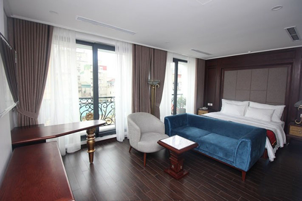 Luxury Two Bedroom Property Rental in Center of Hai Ba Trung district, High Class Amenities