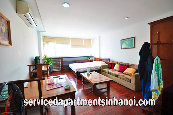 Modern one bedroom studio for rent in Nguyen Khac Hieu str, Truc Bach lake
