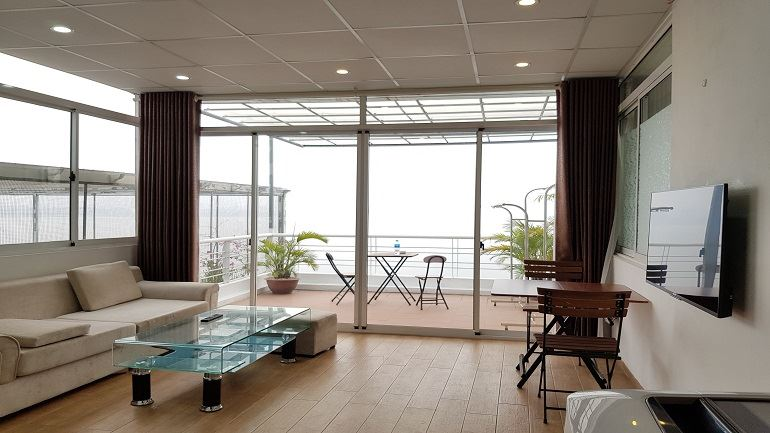 Nice one bedroom Apartment with balcony Face to West Lake, Tay Ho