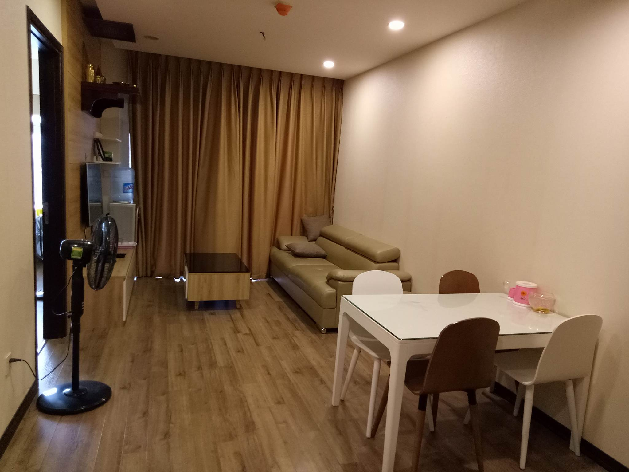 Nice two bedroom apartment for rent in Hoa Binh Green, Hai Ba Trung on 10th floor