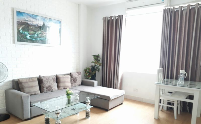 Nice two bedroom apartment for rent near Cau Giay park