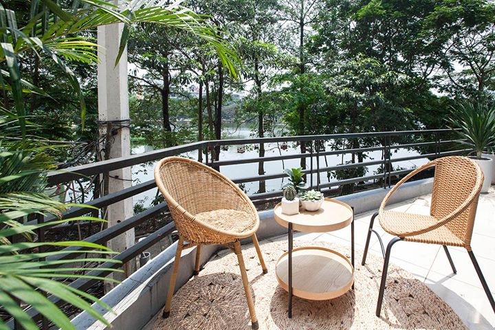 Rental Apartment in Tran Vu str with beautiful Truc Bach Lake View