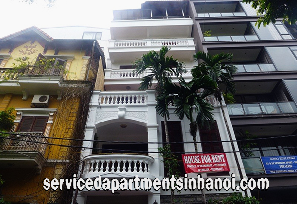 Spacious Three bedroom House for rent in Dang Thai Mai, Tay Ho, Car Access & Lakeview