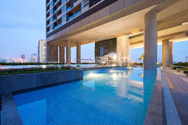 Stunning 1BR Tu Liem Apartment Rental @Pool View in Dolphin Plaza Complex
