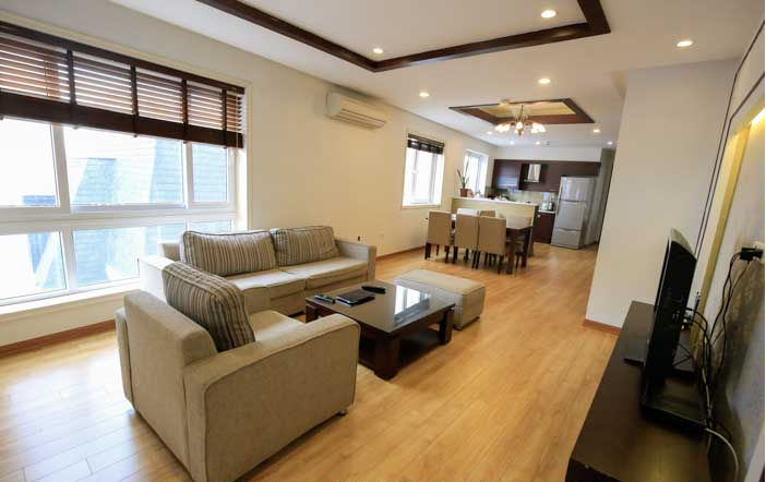 Super Bright Three Bedroom Apartment Rental near Thong Nhat Park, Hai Ba Trung District