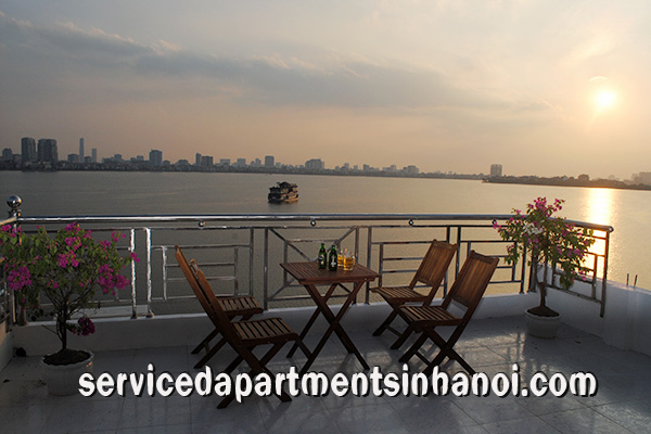 West lake view apartment for rent with a big balcony, Center of Tay Ho